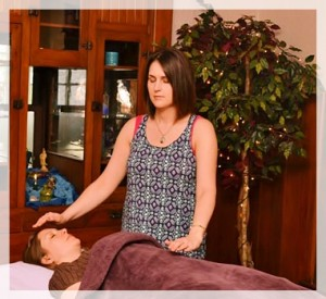 Reiki Session - Shades of Healing by Lindsay Rieder